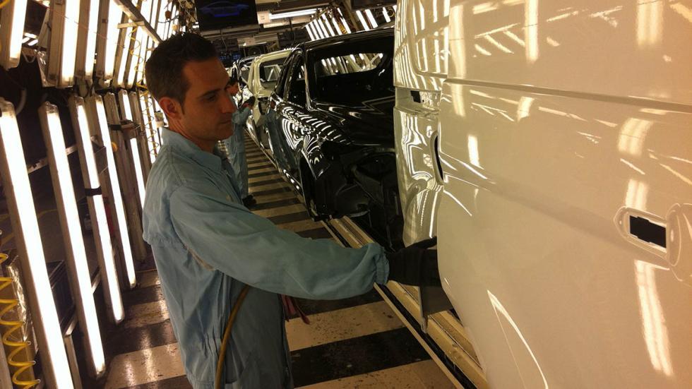 Fábrica-Ford-Almussafes-Valencia-lija-pulimento