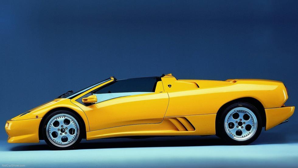vista izquierda del Lamborghini Diablo VT