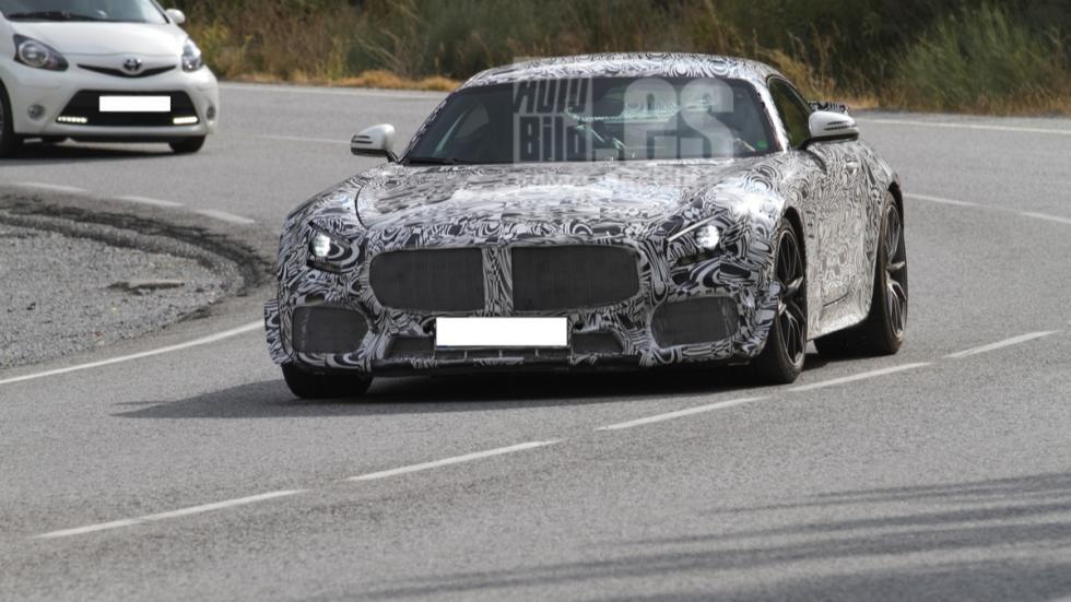 Mercedes-GT-AMG-Black-Series
