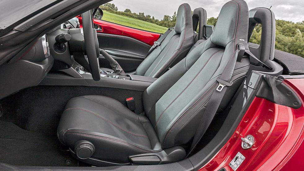 Mazda X5  ASIENTOS