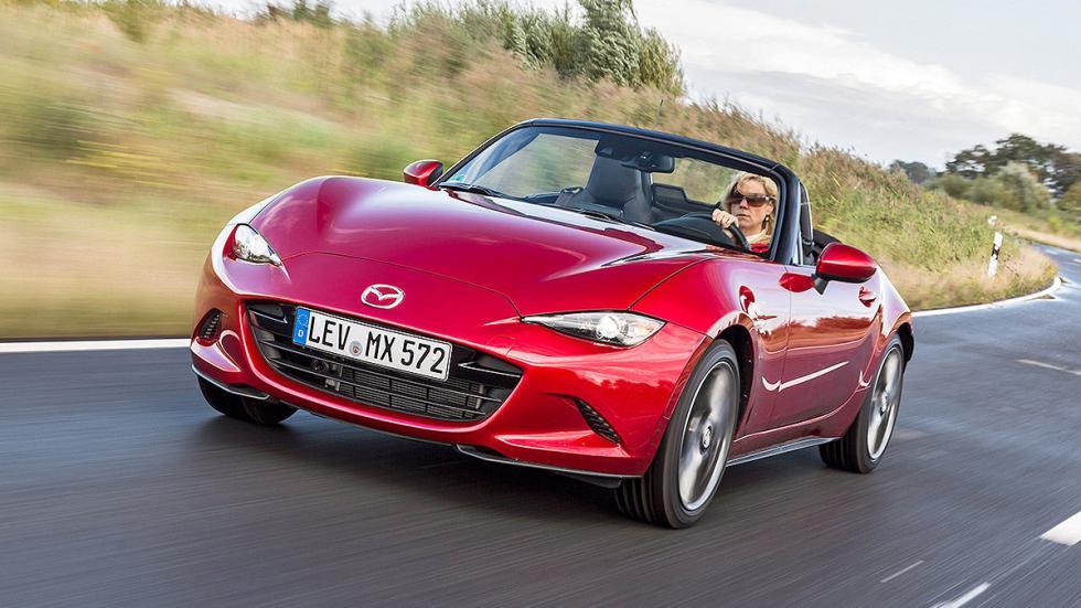 Mazda X5  morro carretera