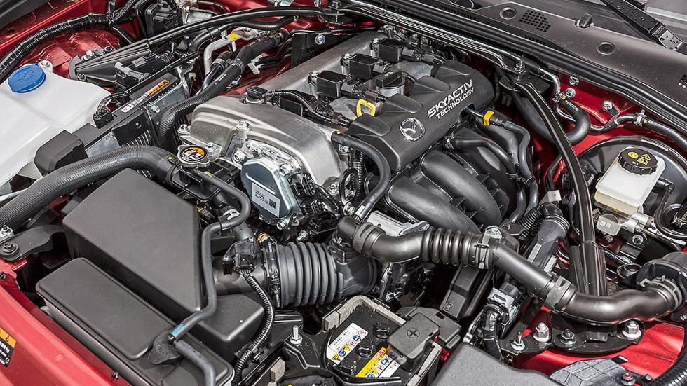 Mazda X5  interior motor