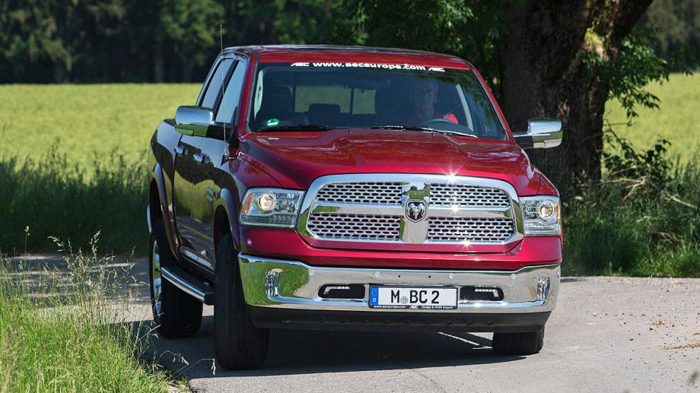 Prueba: Dodge Ram 1500 Eco Diesel. Un pick up a la europea detalle morro
