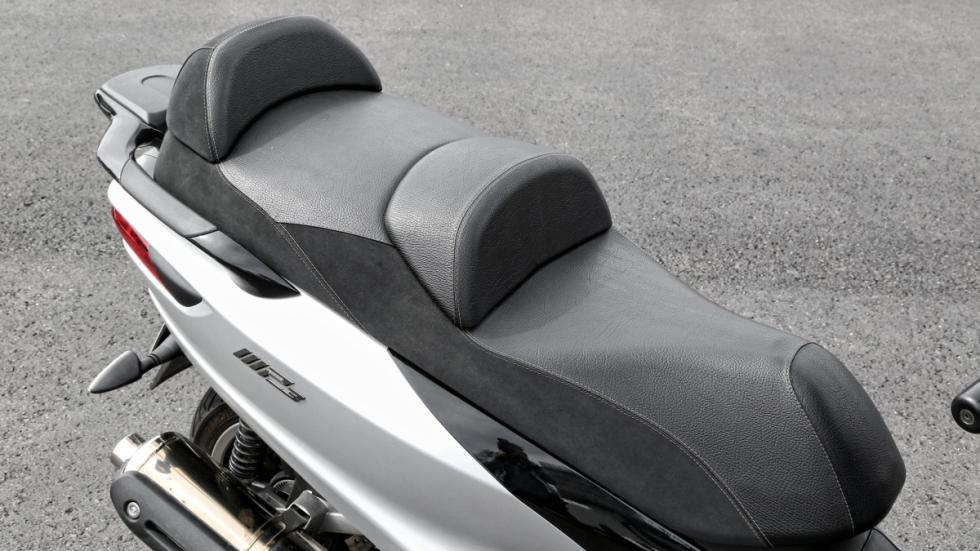 Piaggio-MP3-500-LT-Sport-asiento