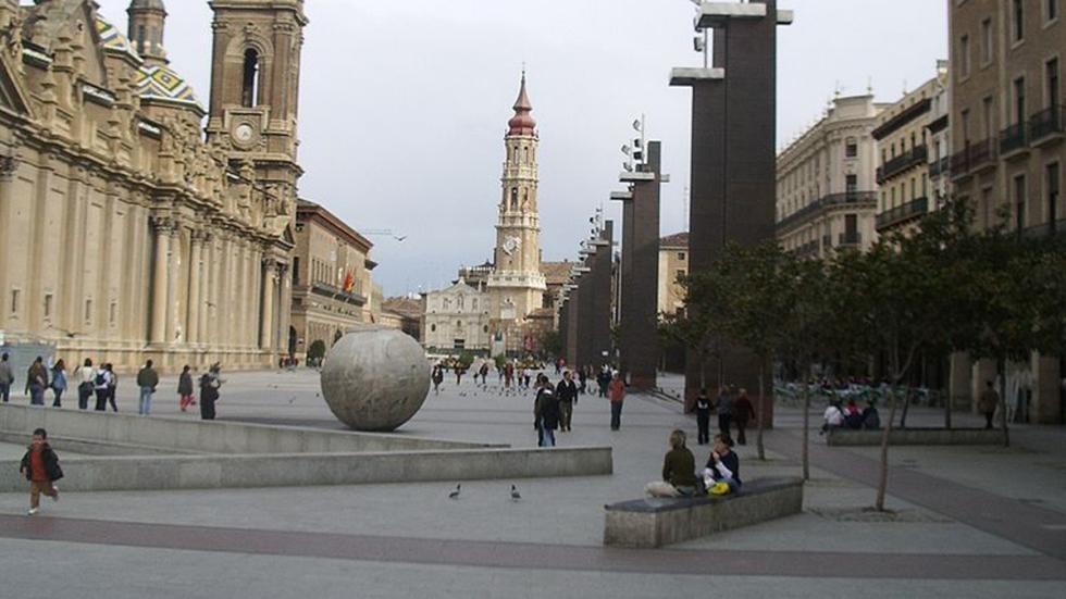 plaza pilar zaragoza
