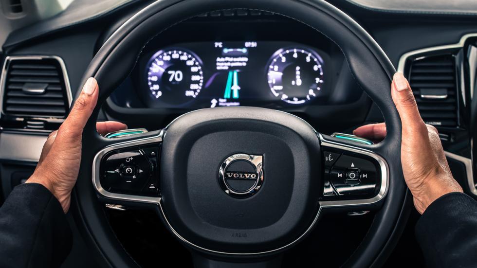 volante conducción autónoma volvo