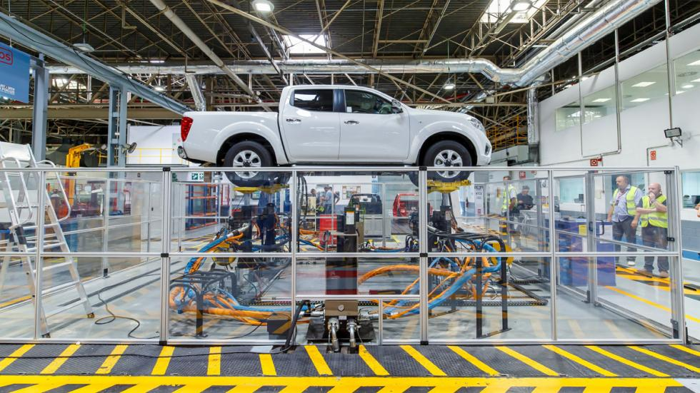 Nissan NP300 Navara fabrica barcelona desarrollo