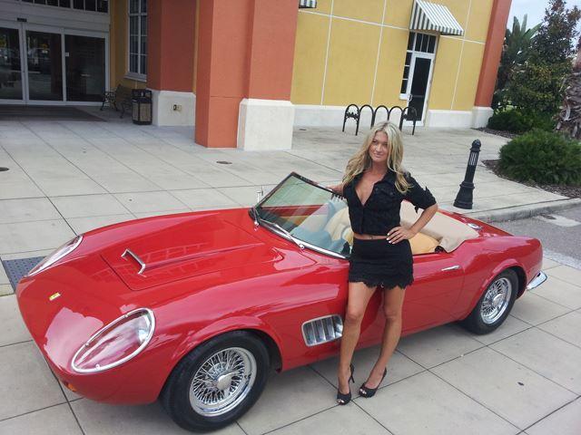 Usar a tu mujer para vender el coche por Internet