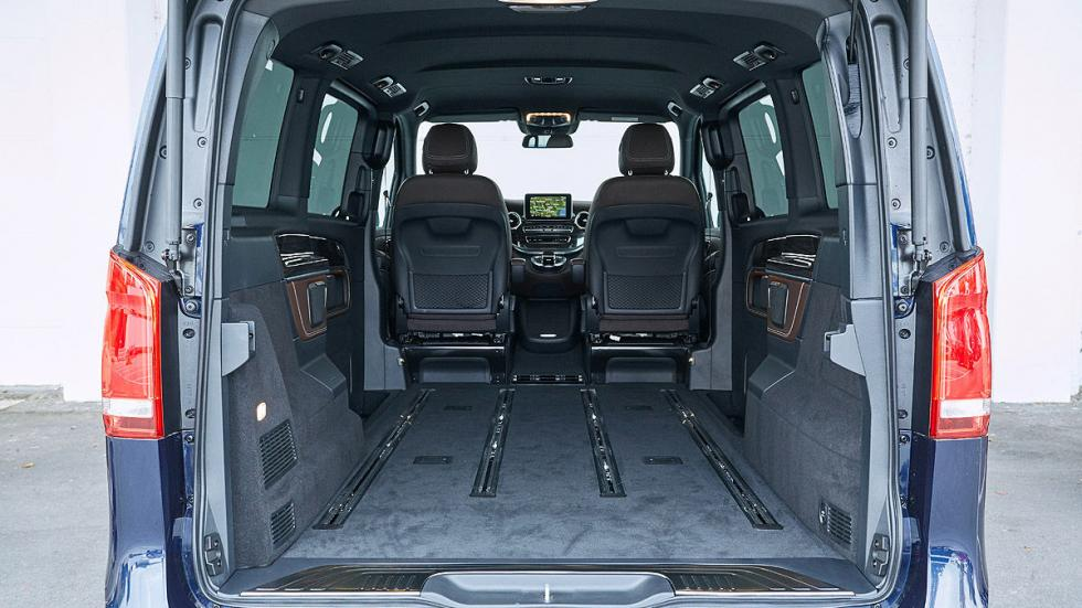 Mercedes Clase V interior maletero