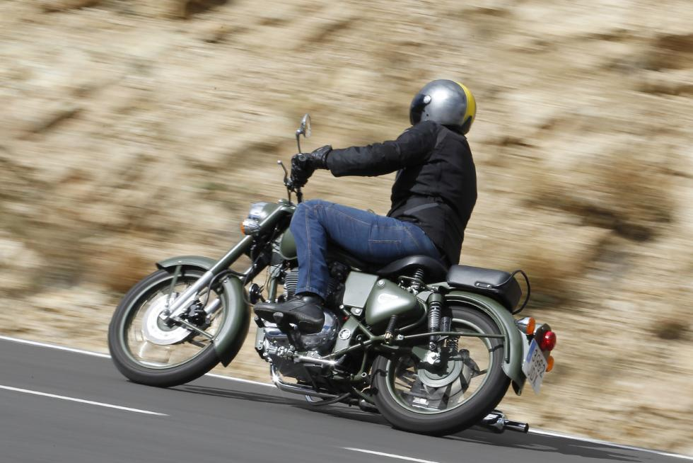 royal-enfield-bullet-classic-asiento