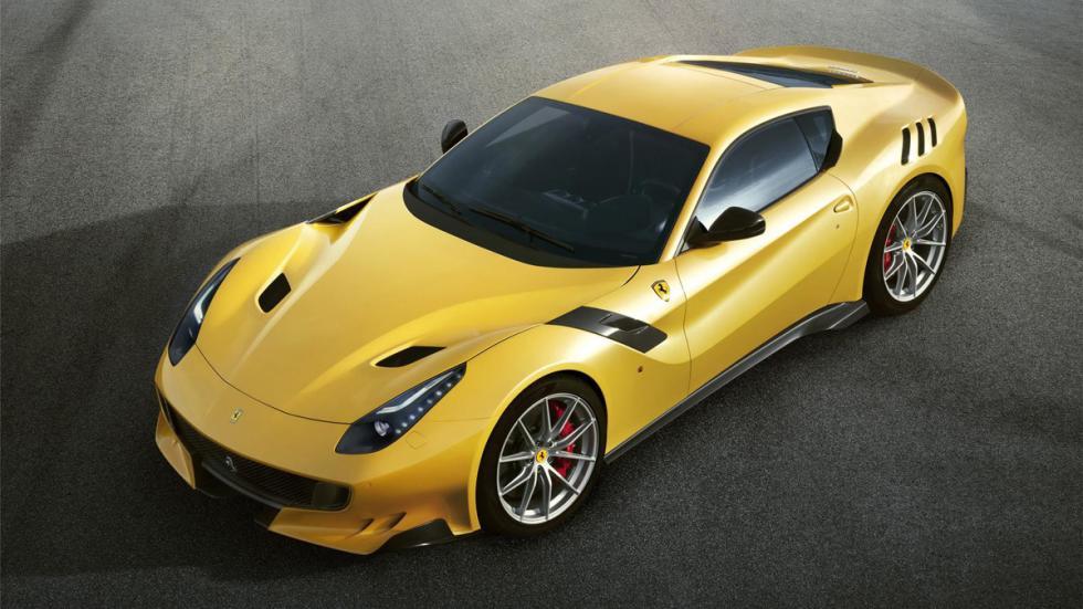 Ferrari F12 TDF cenital