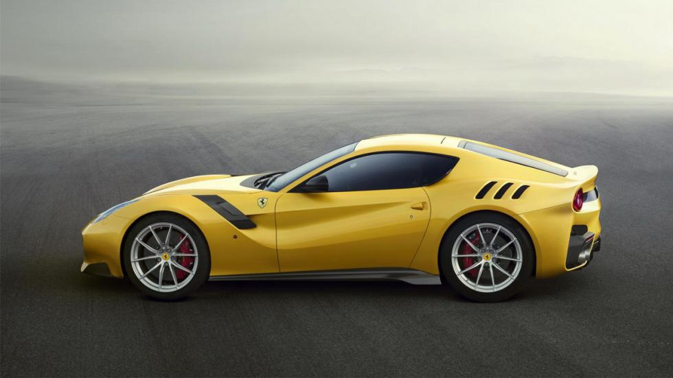 Ferrari F12 TDF lateral