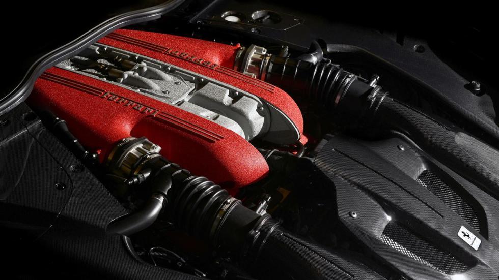 Ferrari F12 TDF motor