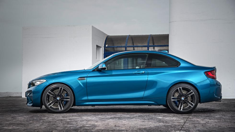 BMW M2 2016 lateral