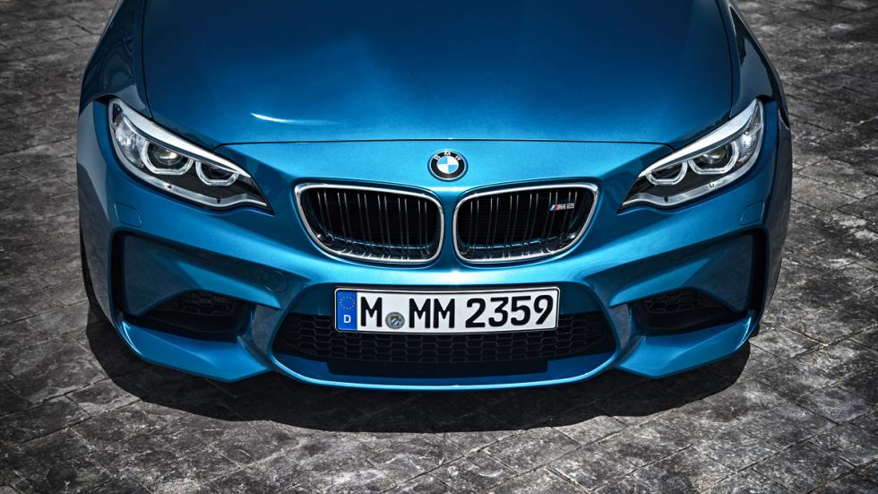 el bmw m2 2018 se filtra y apenas tiene cambios. Black Bedroom Furniture Sets. Home Design Ideas