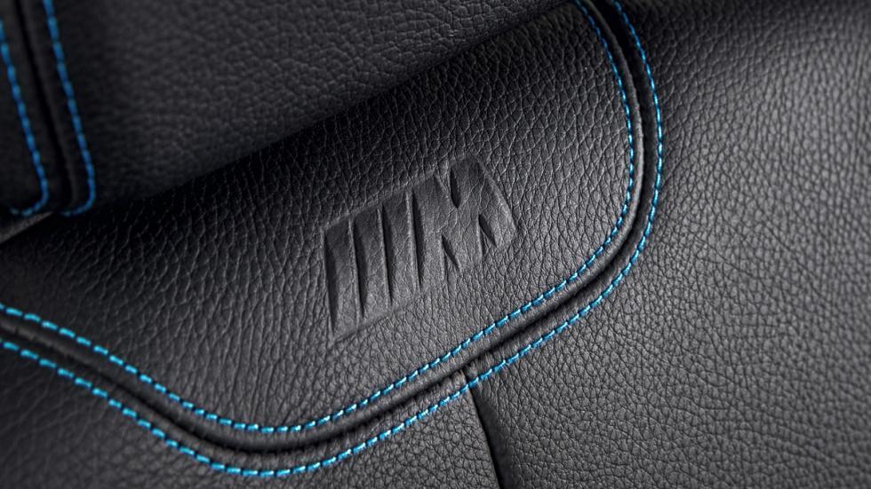 BMW M2 2016 costuras