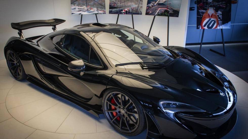 McLaren P1 negro brillante