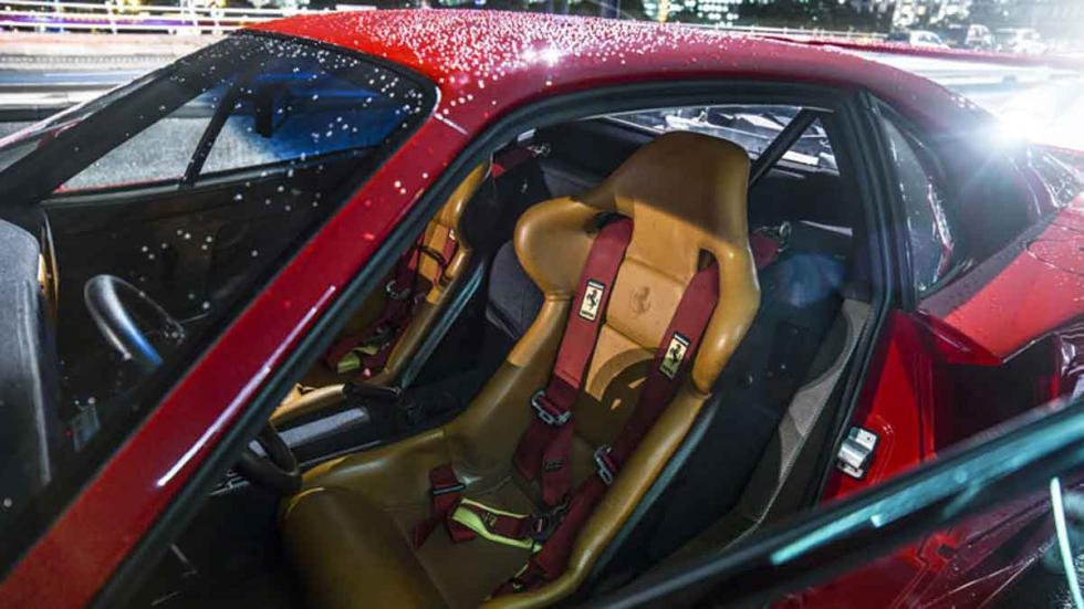 Ferrari F40 Personalizado interior