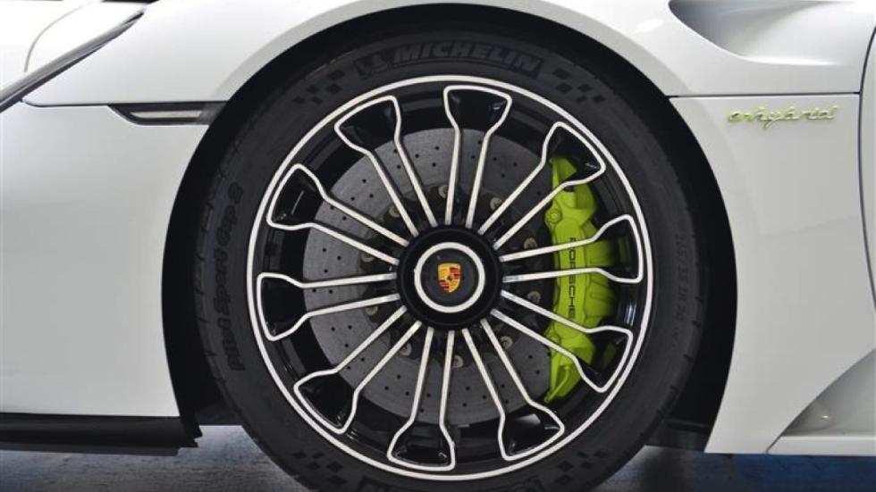 Porsche 918 Spyder venta rueda