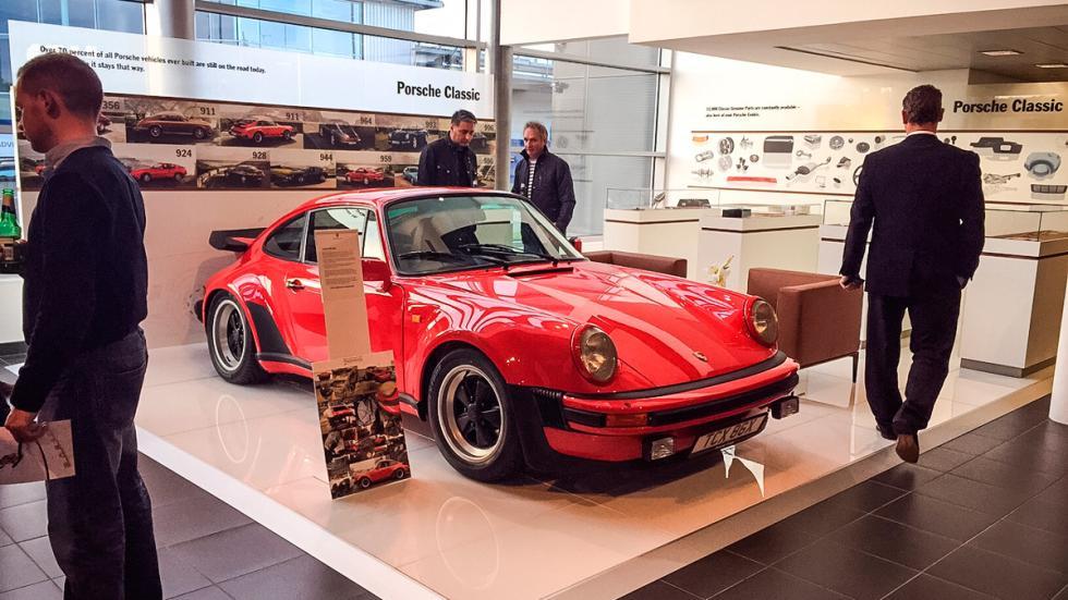 Porsche 911 930 Turbo expo