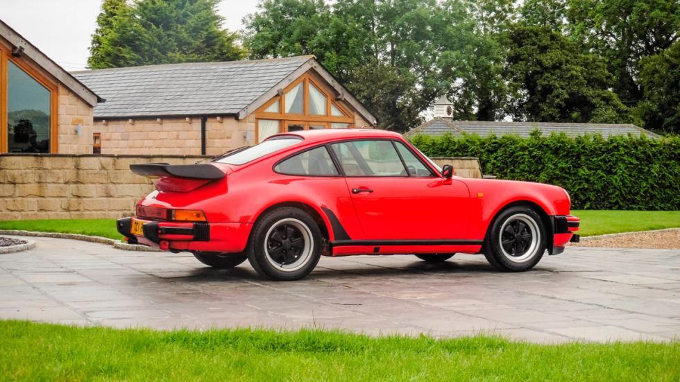 Porsche 911 930 Turbo lateral