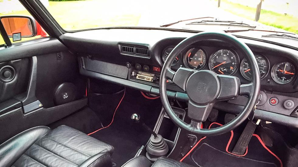 Porsche 911 930 Turbo volante