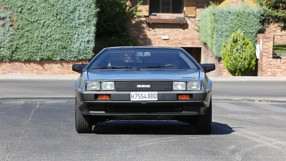 Prueba-DeLorean-DMC-12-frontal
