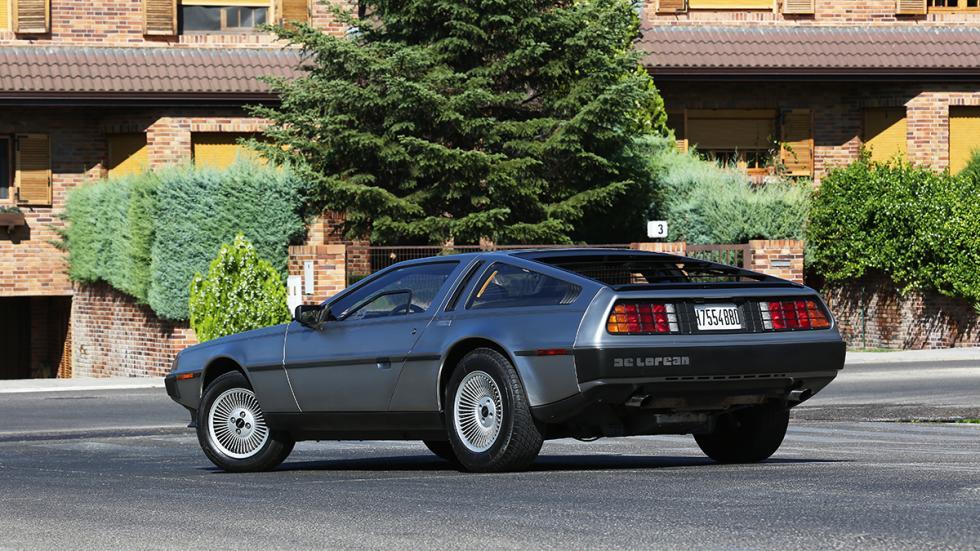 Prueba-DeLorean-DMC-12-tres-cuartos-trasera