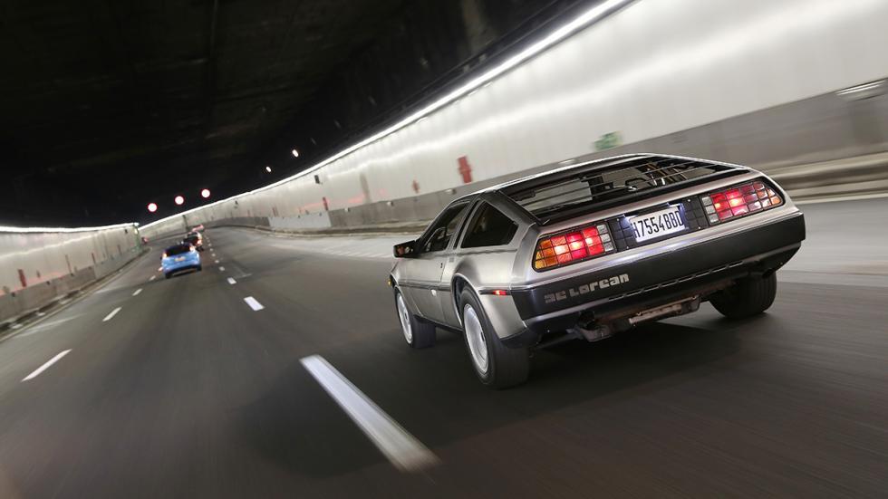 Prueba-DeLorean-DMC-12-trasera-frenos