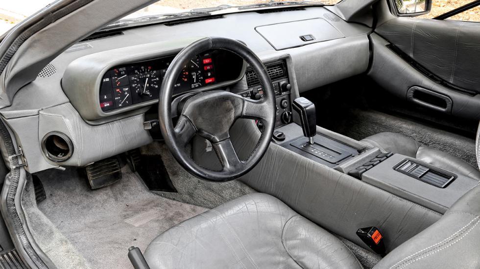 Prueba-DeLorean-DMC-12-interior