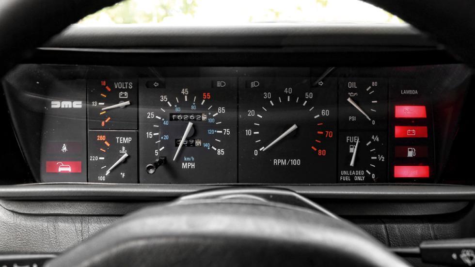 Prueba-DeLorean-DMC-12-cuadro