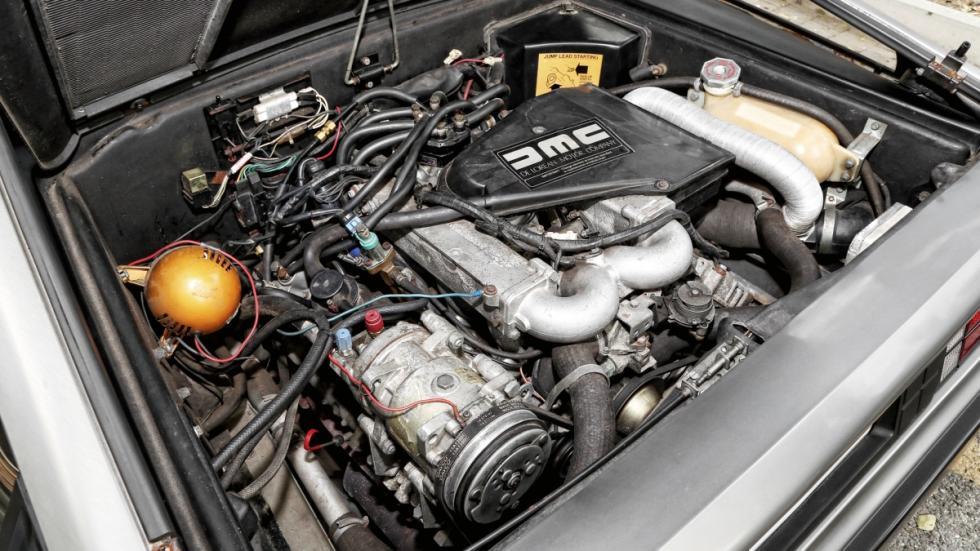 Prueba-DeLorean-DMC-12-motor-PRV-V6