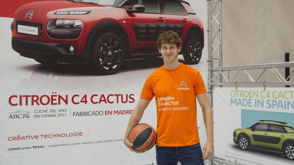 Nicolás Coronado Canastas Solidarias Citroën C4 Cactus