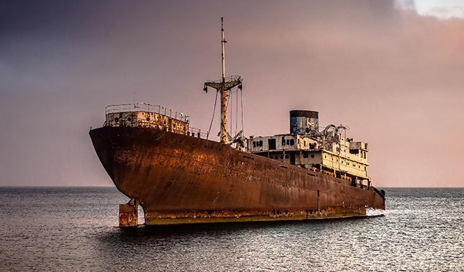 Rincones del mundo barcos varados 5
