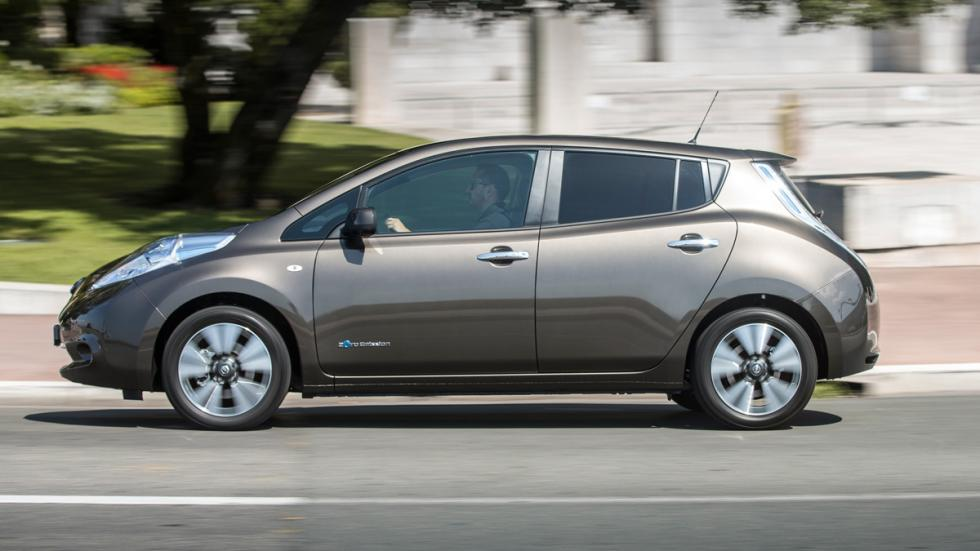 Nissan Leaf 2015 lateral