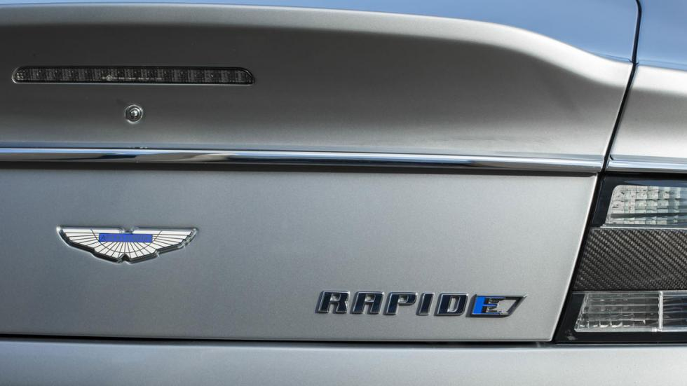 Aston Martin Rapide electrico trasera