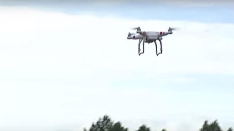 dron carretera convencional