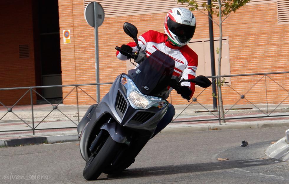 scooter-125cc-acompañante