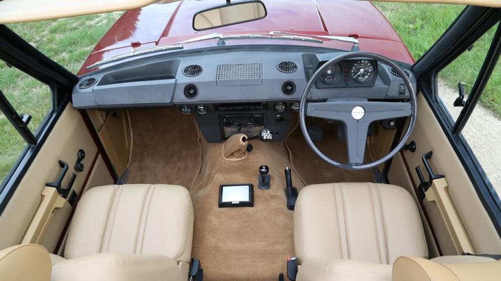Range Rover 1973 Cabriolet interior