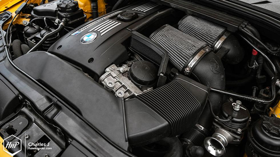 BMW 1M hatchback motor