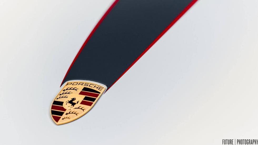 Porsche 911 GT3 escudo
