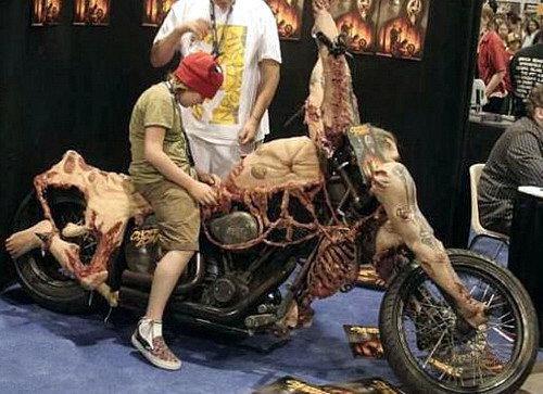 moto-halloween