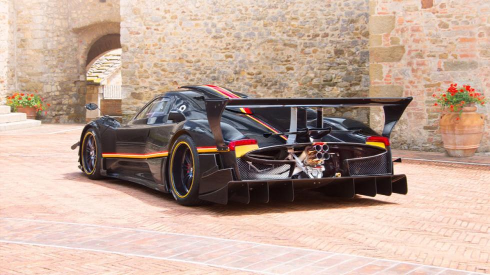 coches-motor-atmosférico-más-potente-mundo-pagani-zonda-trasera