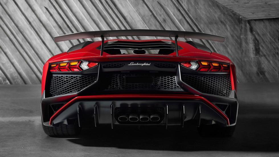coches-motor-atmosférico-más-potente-mundo-lamborghini-aventador-zaga