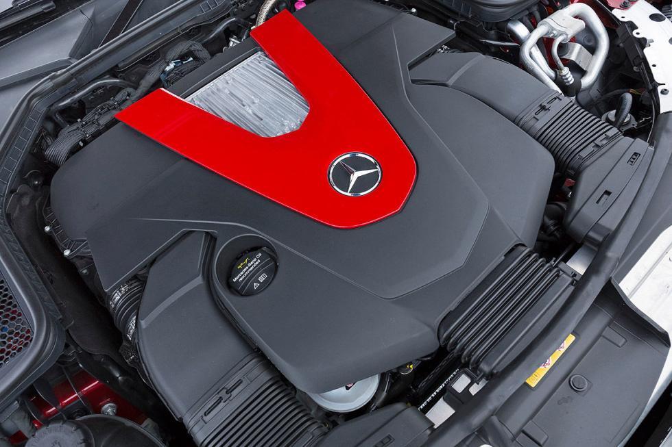 Mercedes C 450 AMG motor
