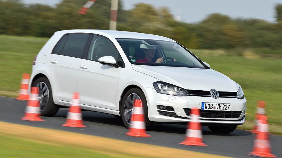 Volkswagen Golf conos
