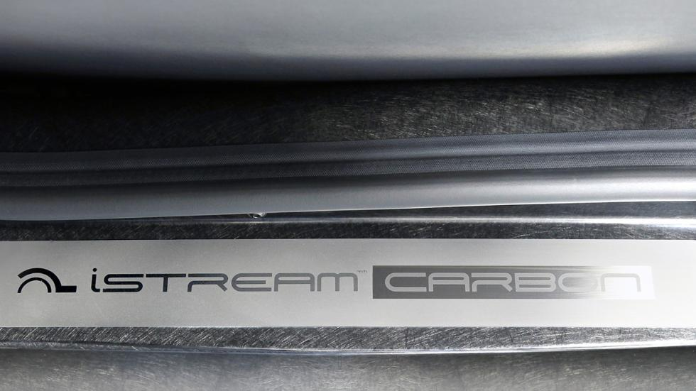 logotipo carbon