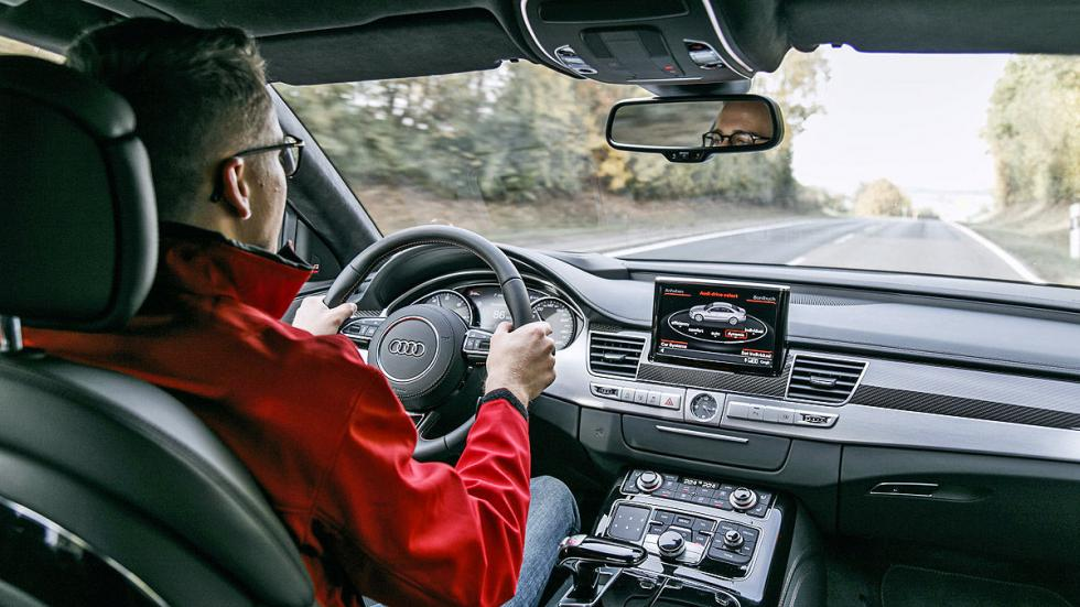 Prueba: Audi S8 Plus salpicadero detalle conductor