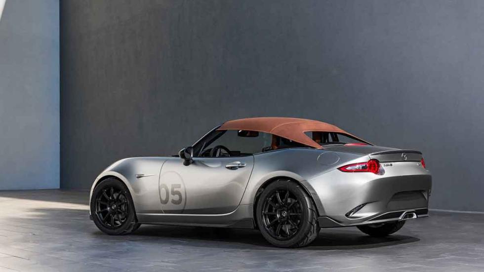 Mazda MX5 Speedster tres cuartos traseros