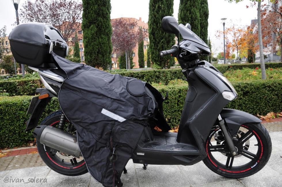 manta-scooter-tucano-colocar